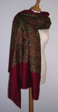 100% Wool traditional large 'Antique' Shawl