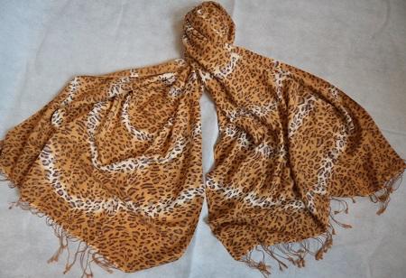 70% Pashmina Cashmere & 30% Silk Animal print Shawl - Golden Cheetah